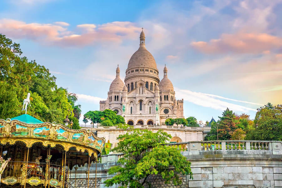 Find a hotel near Montmartre